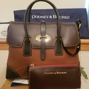 Dooney and bourke bundle purse and matching wallet